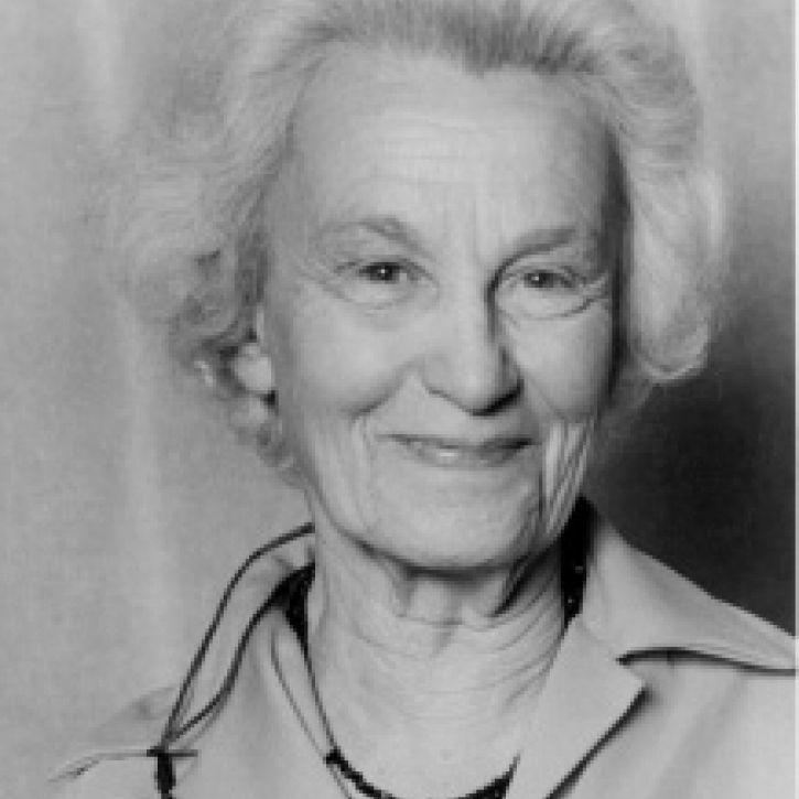 Dora Kunz